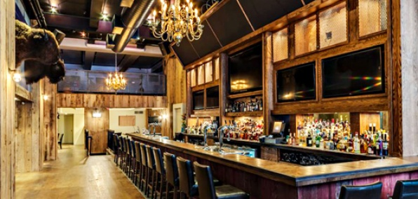 American whiskey new york three floors of whiskey in chelsea for Best restaurants near madison square garden