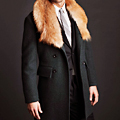 UD - A Coat with a Detachable Fur Collar