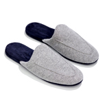 UD - Cashmere. For Your Feet.