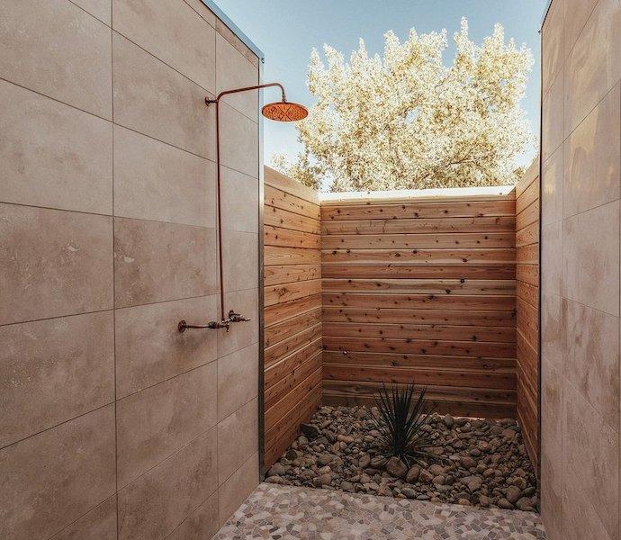 Yonder Escalante outdoor shower