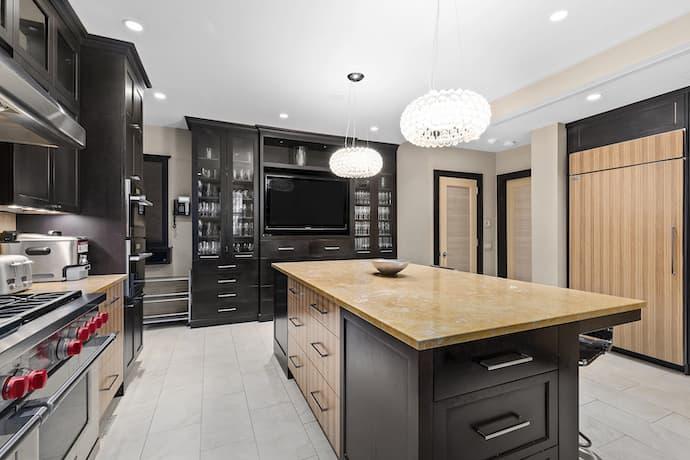 royal tenenbaums house kitchen