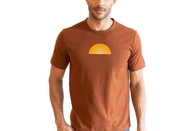 Vustra t-shirts