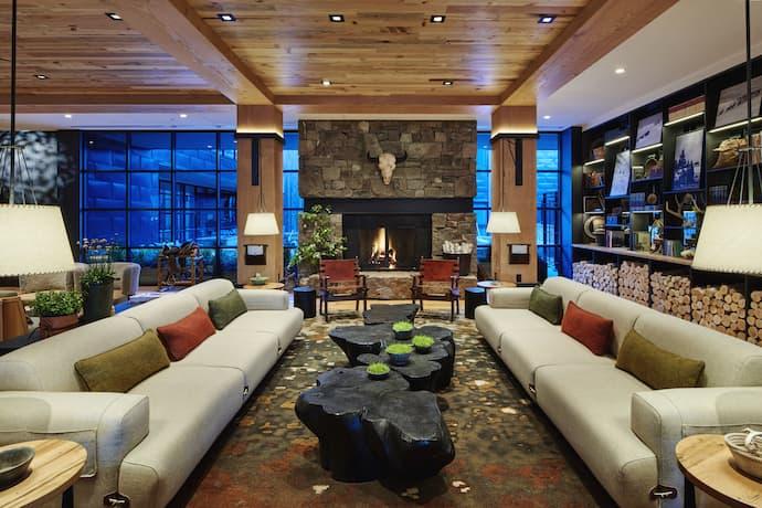 cloudveil hotel lobby