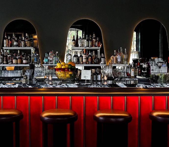 Hotel Saint Vincent chapel bar