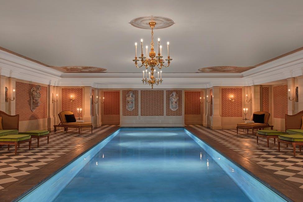 Airelles Château de Versailles spa pool