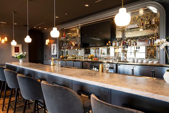 The Salon bar at PS LAX
