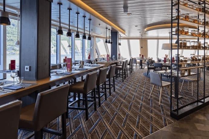 Hurtigruten Expeditions MS Roald Amundsen restaurant