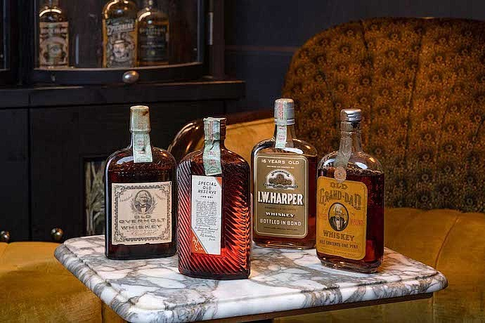 whisky auctioneer A Century of American Whiskey