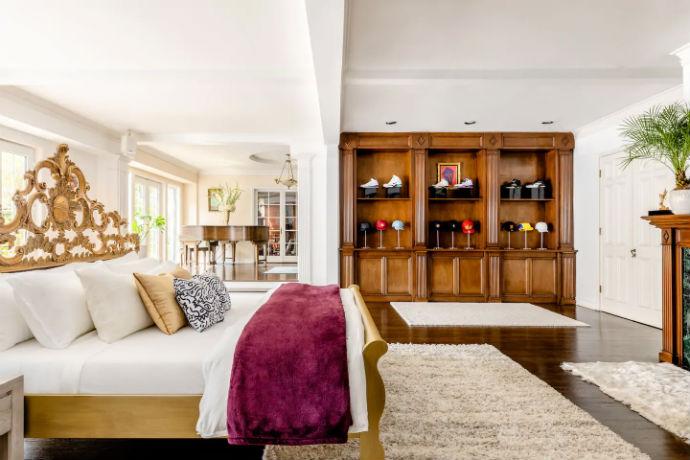 Fresh Prince Bel-Air Airbnb
