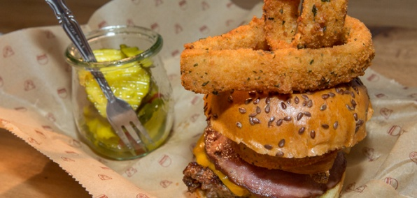 A Fine NYC Burgery Comes to Chicago