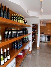 UD - A.M. Wine Shoppe
