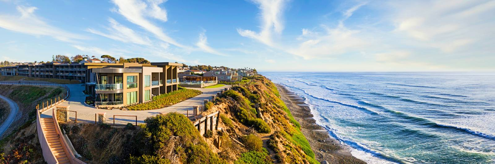 A New Coastal Retreat in Southern California