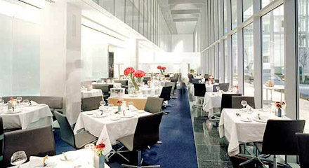 Best Lunch Spots Near Radio City Music Hall New York City Urbandaddy