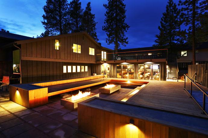 Coachman hotel south lake tahoe lake tahoe just got a for Really cool hotels