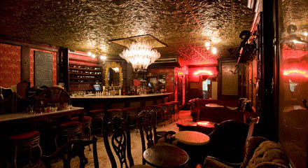 The bourgeois pig new york swine bar for Bourgeois pig