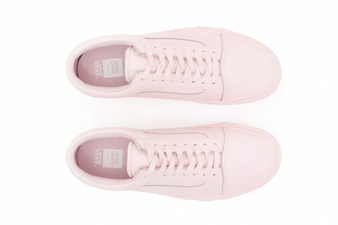 fd95d7750c89 light pink old skool vans