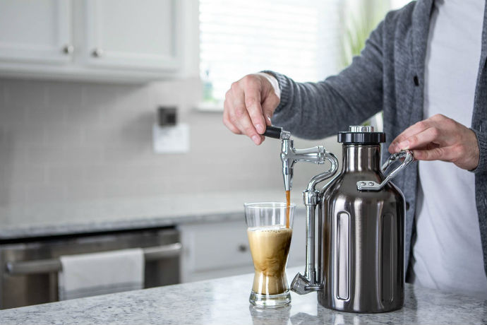 This Growler Keg Dispenses Perfect Cold Brew Coffee
