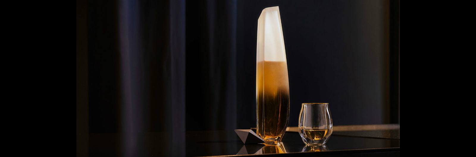 The Raif Whisky Decanter Is the Vessel Your Booze Deserves