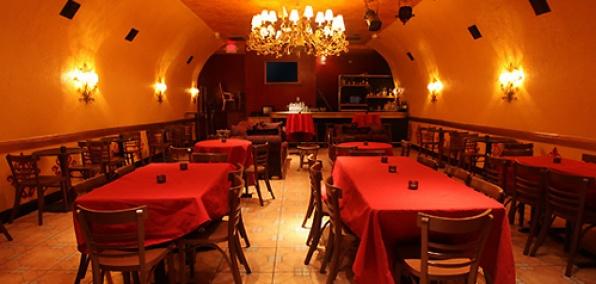 Club nocturno latín morena