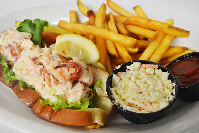 A Road Trip Devoted Entirely to Lobster Rolls | Meet the Finest Crustacean Sandwiches on the ...