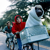 O Cinema Throws E.T. a Birthday Screening. Beer Is Involved.