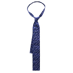 The Item: A Seasonally Appropriate Tie