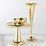 An Extra-Attractive Champagne Holder