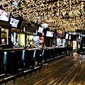 A Bar Crawl for Cinco de Mayo