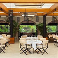 A Power-Hour Lunch at Hotel Bel-Air