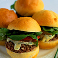 Free Mini-Cheeseburgers at Morton's