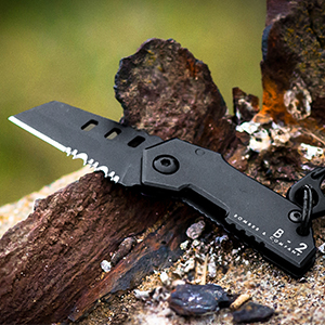 The World's Smallest Tactical Pocketknife