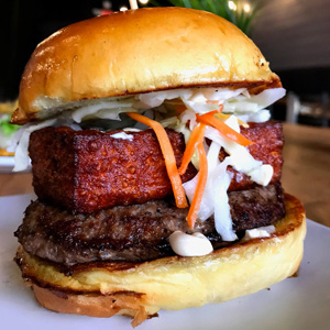 Pincho Factory Arrives in Sunrise. Burgers Ensue.