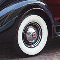 Classic-Car Brunch at the Peninsula