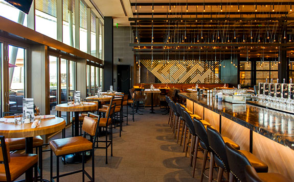 Best Pictures Of Earls Kitchen Bar In Miami Urbandaddy
