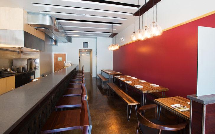 Urbandaddy slideshow ampersand wine bar for Ampersand chicago