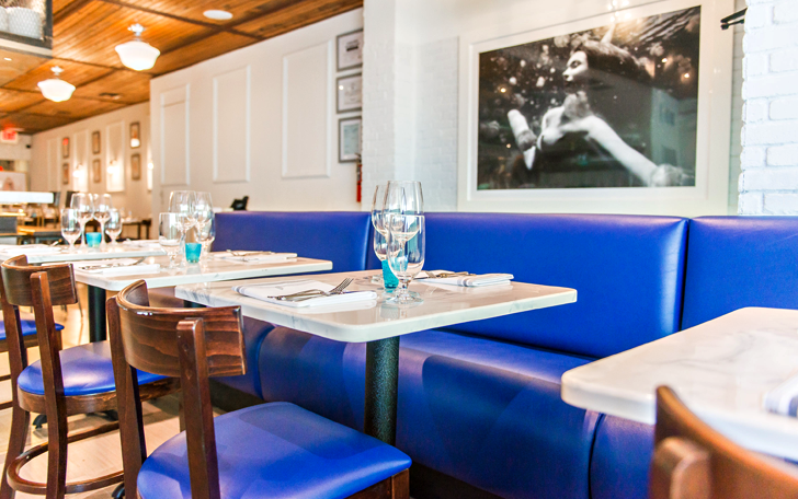 Best pictures of izzy s fish oyster in miami beach for Izzy s fish oyster