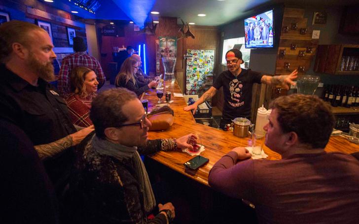Urbandaddy Slideshow Wooden Nickel Bar Grill